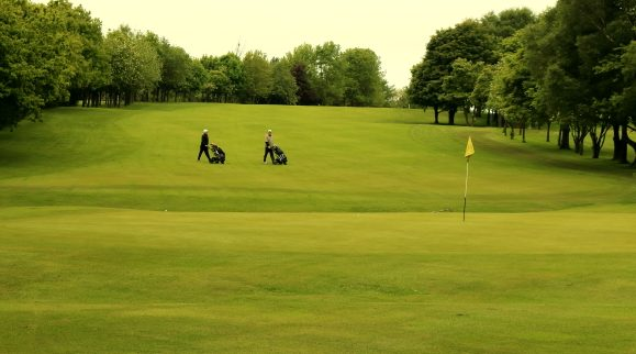 Early starters finishing on the 18th